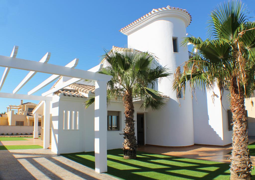 Detached villa in La Manga Costa Calida next to sea